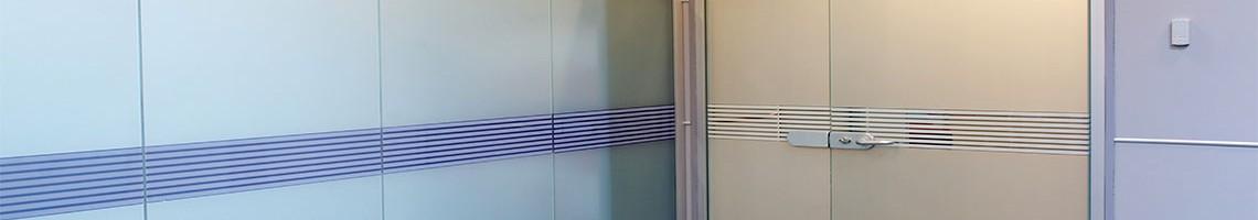 Особливості конструкції маятникових дверей Матеріал нержавіюча сталь, Максимальна вага 30кг, 160кг