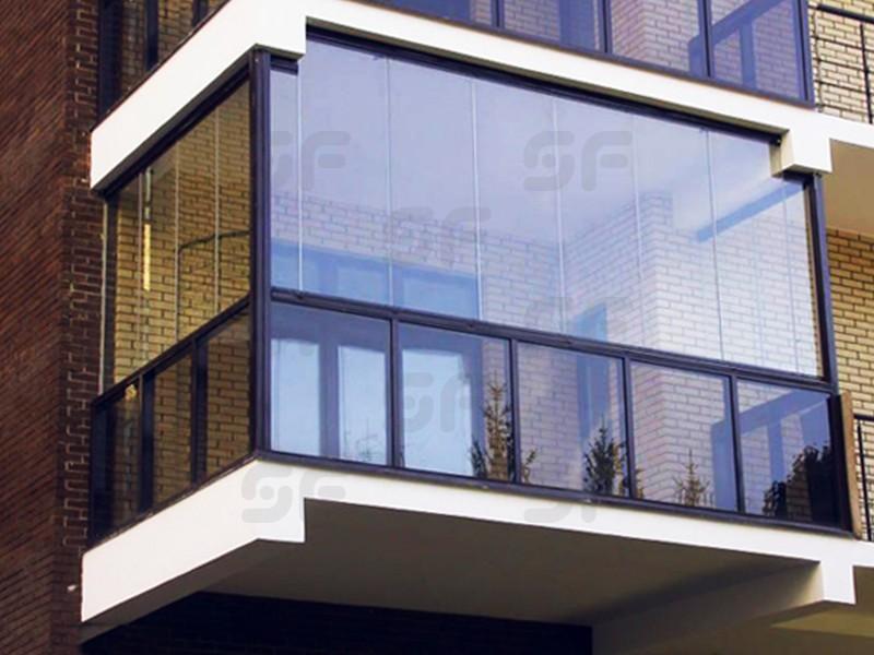 Безрамное остекление балконов и лоджий: плюсы и минусы (13 ф.